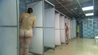 Public shower rooms tight-lipped cam