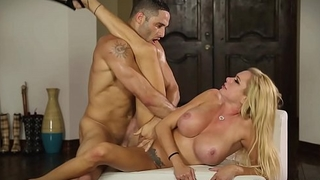 Crush Girls - Briana Banks gets a good hard fucking