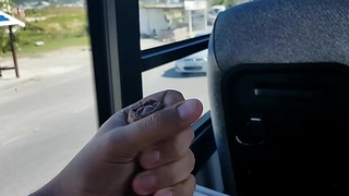 Wanking on bus - Punheta no busao