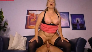 Amateur German Housewife Cheats with the Delivery Guy