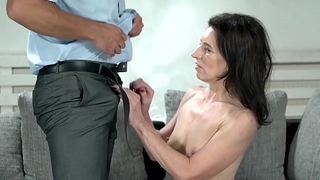 Mature beauty penetrated beamy cock allied coupled with fed cum